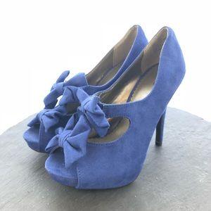 Cato Blue bow peep toe heels size 7
